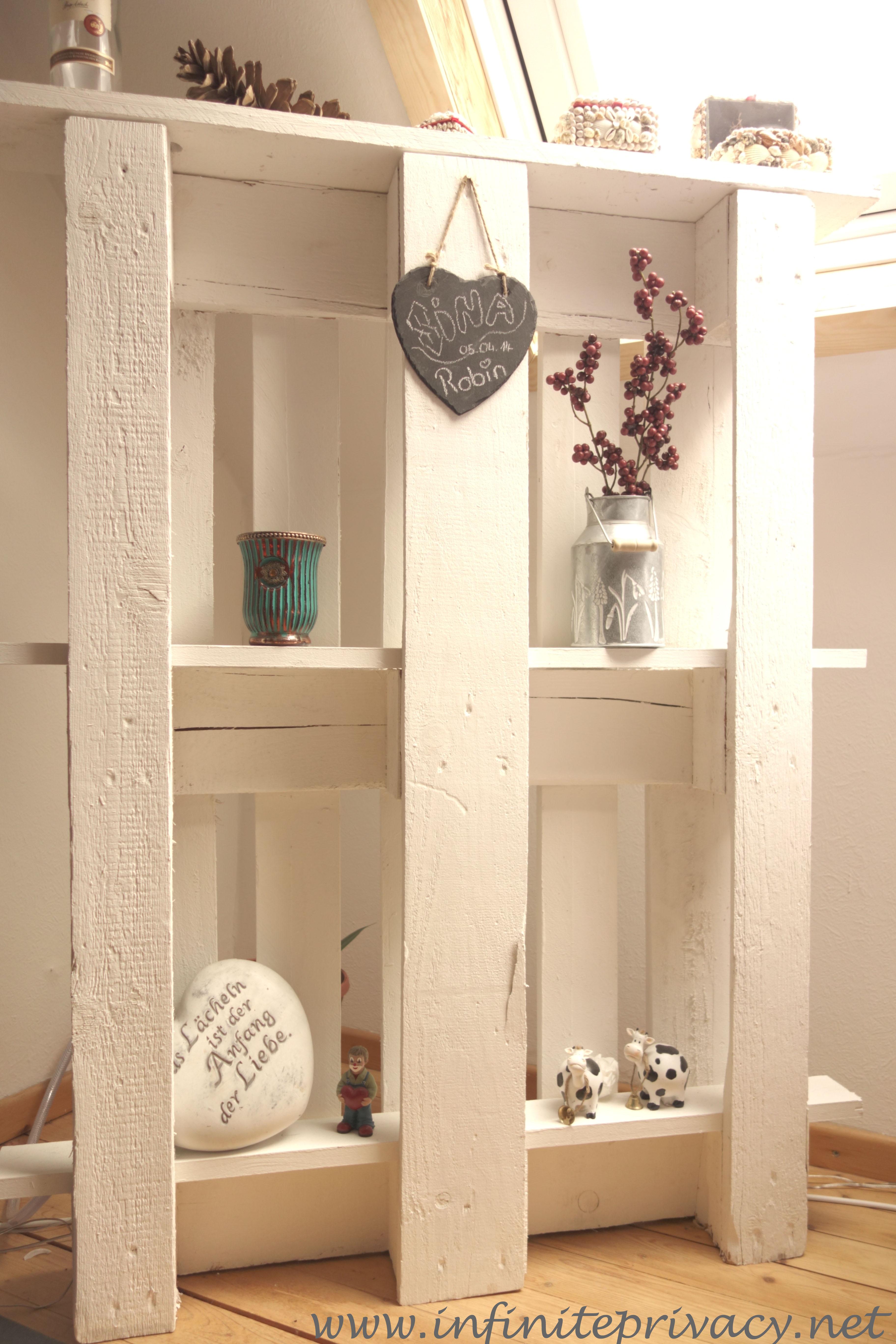 euro paletten regal infinite privacy. Black Bedroom Furniture Sets. Home Design Ideas